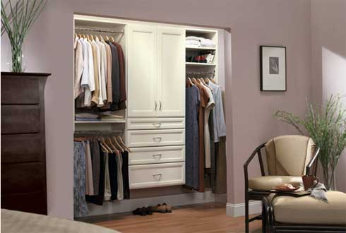 Decoraci n minimalista y contempor nea organizaci n de for Walking closet modernos pequenos