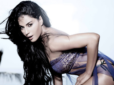 Veena Malik Latest HOT Photo Shoot