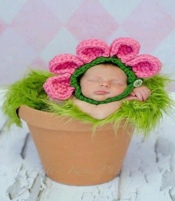 le model d'un bébé fleur