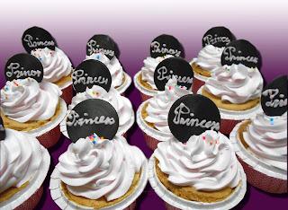 Tiệm bánh Tiramisu: Bánh cup cake