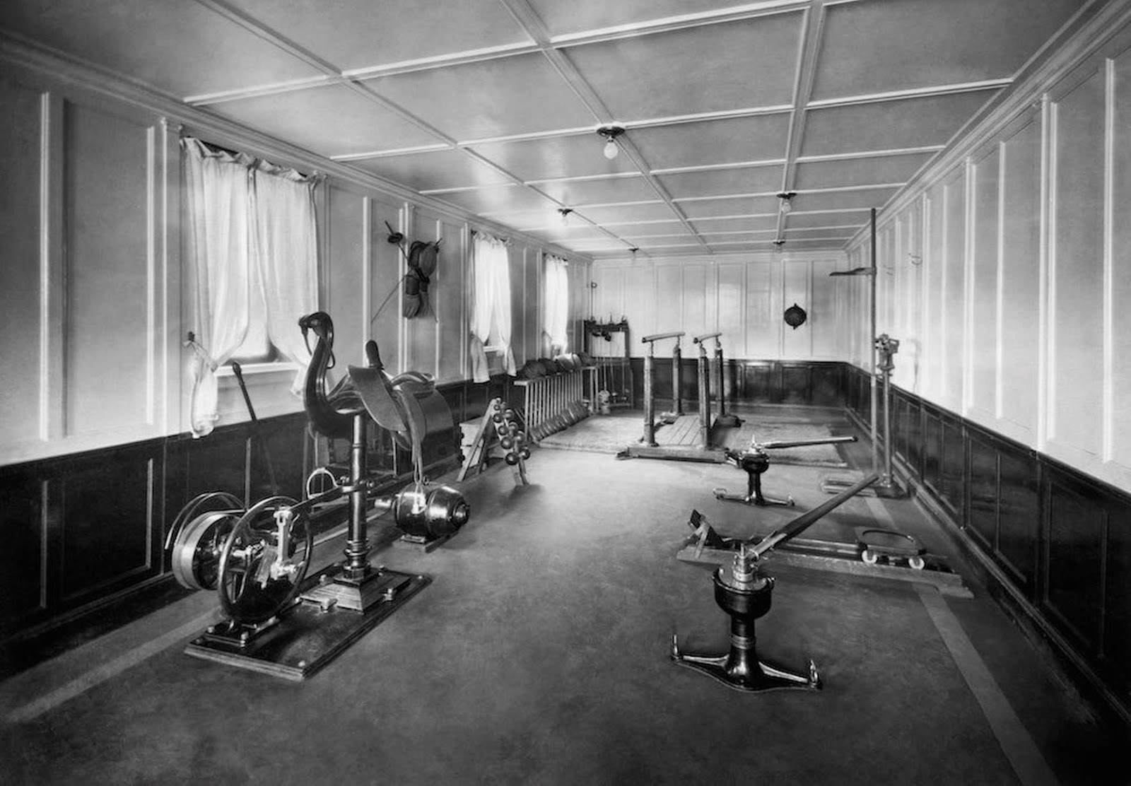 Pictures of the first class gyms on the titanic and cruise Who was on the titanic in first class
