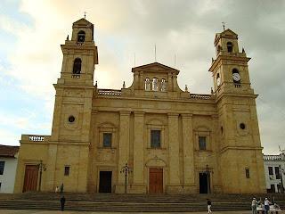 Fotografía Basílica Nuestra Señora del Rosario de Chiquinquirá en Colombia
