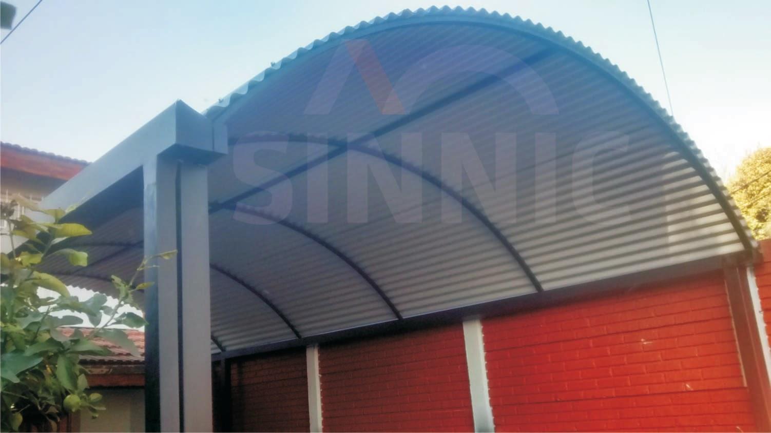 Techo de policarbonato pergolas aleros techo de chapa for Diseno techos para terrazas