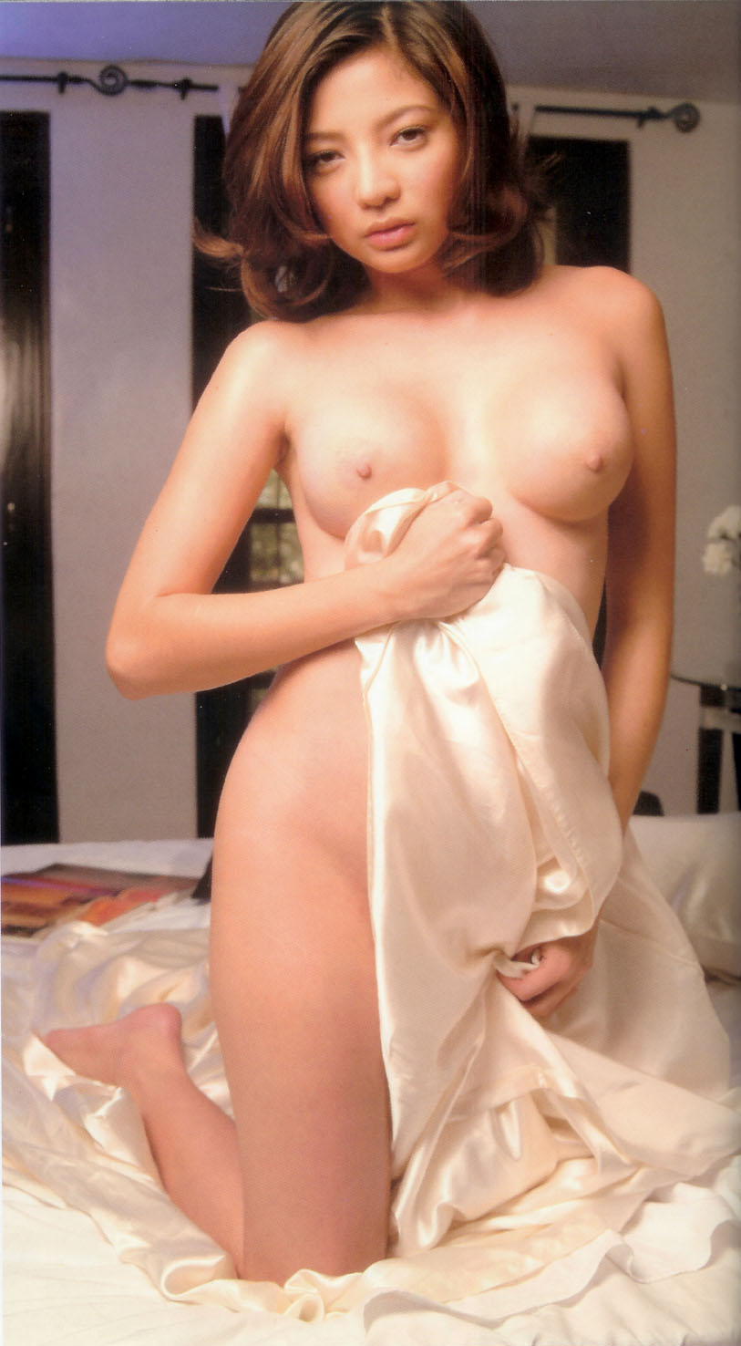 maui taylor totally naked photos 01