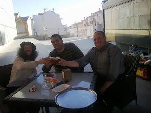 De cervezas con mi amigo y poeta, Paco Ayala