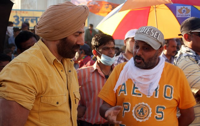Singh Saab The Great book marathi movie download