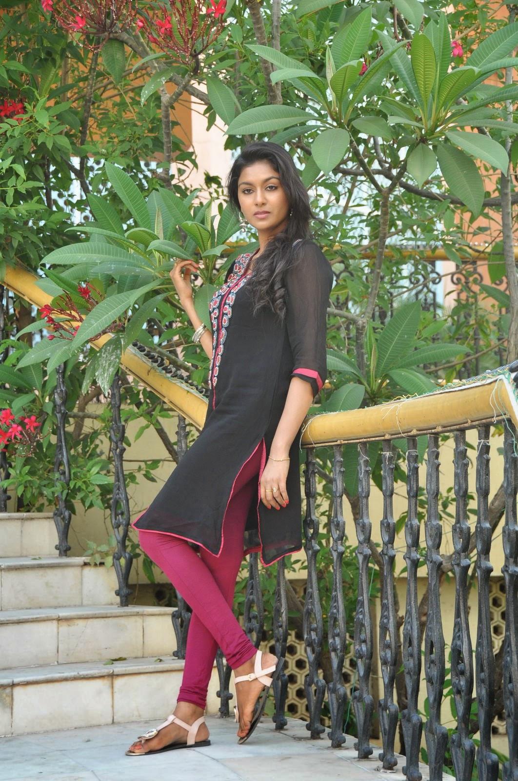 Akshaya glam photo shoot gallery-HQ-Photo-9