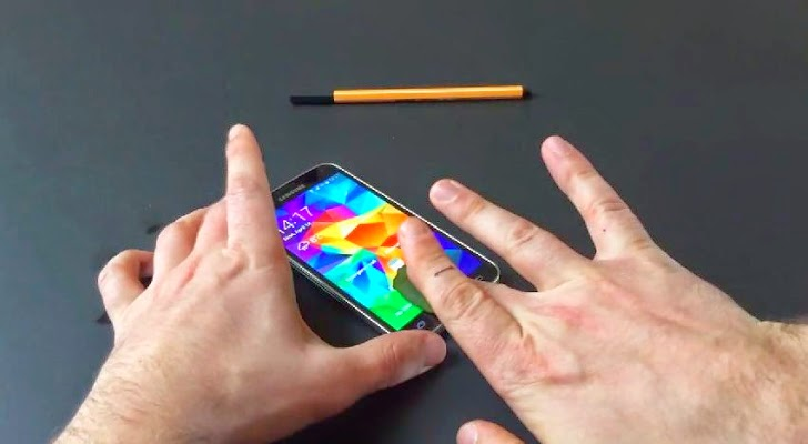Samsung Phone Galaxy S5 Fingerprint Scanner Hacked