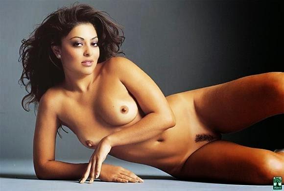 Juliana Paes nua e pelada