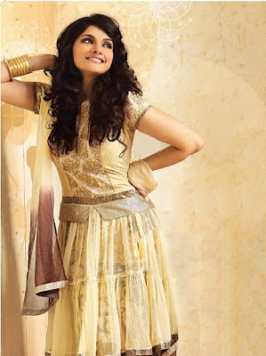 prachi desai for women era magazine
