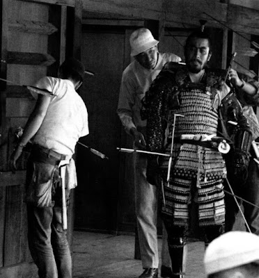 Akira Kurosawa and Toshiro Mifune on the set of Throne of Blood