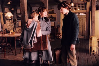 ... of Unfortunate Events: Una Serie de Eventos Desafortunados (2004