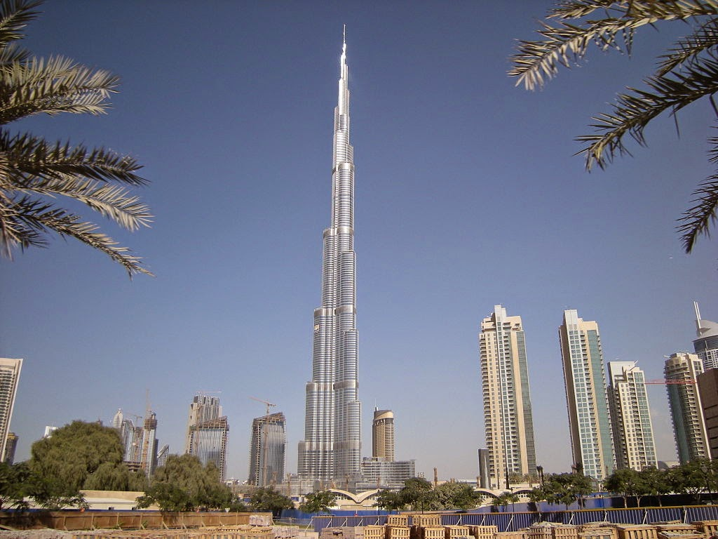 http://ca.wikipedia.org/wiki/Burj_Khalifa