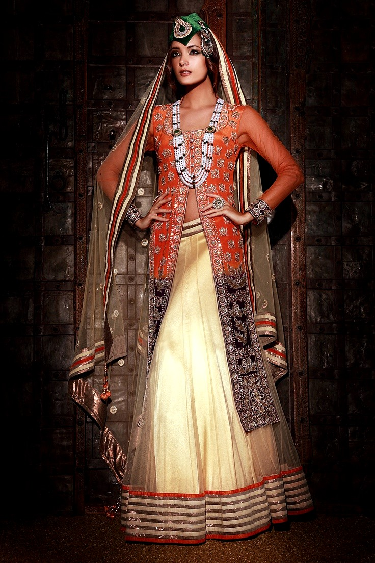 Bridal dresses range 2013 14 indian traditional bridal for Pictures of traditional wedding dresses