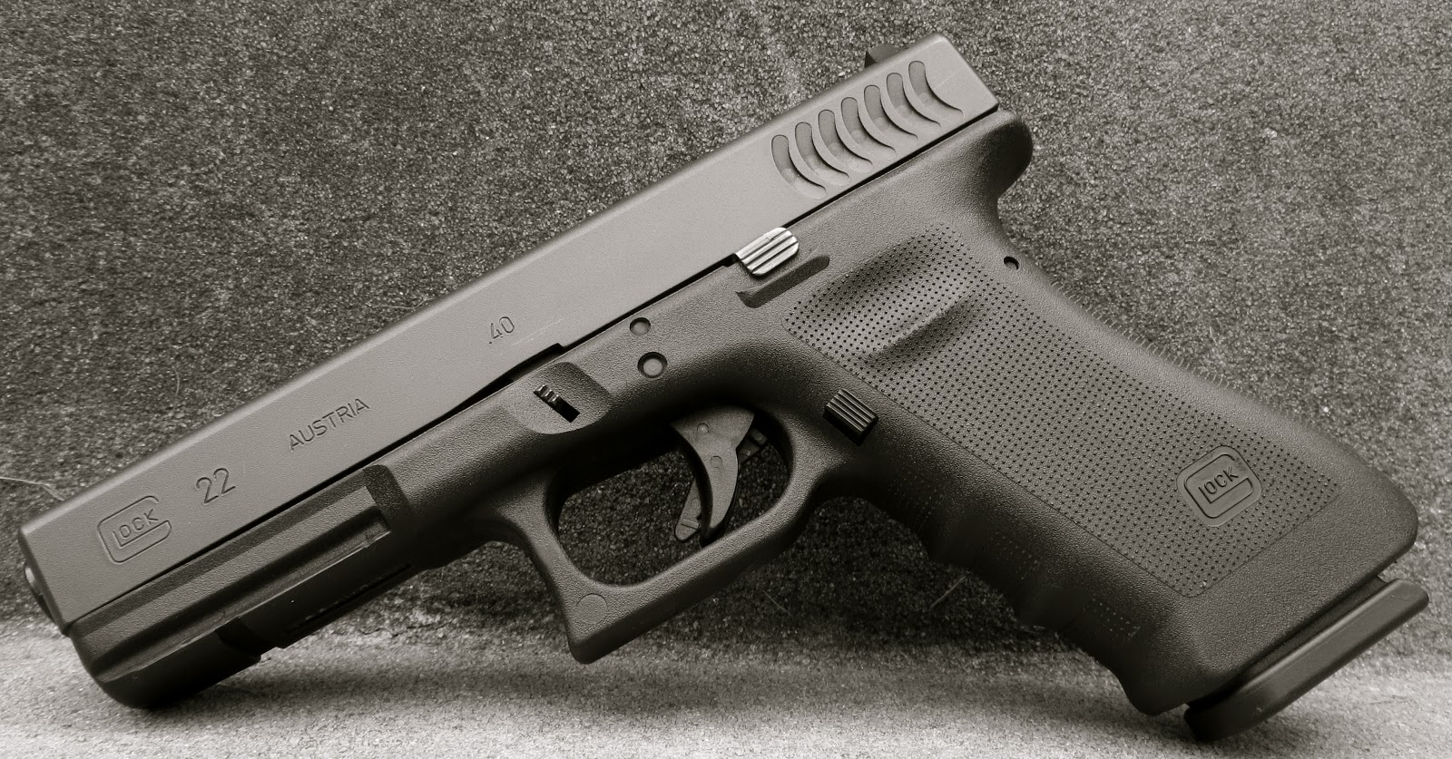 Mrgunsngear's Blog: Glock 22 RTF2 With Gills Review