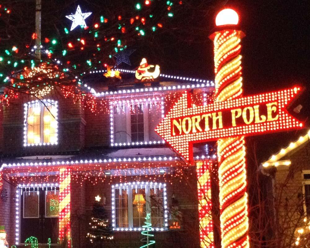 Toronto Grand Prix Tourist - A Toronto Blog: Christmas Light Shows ...