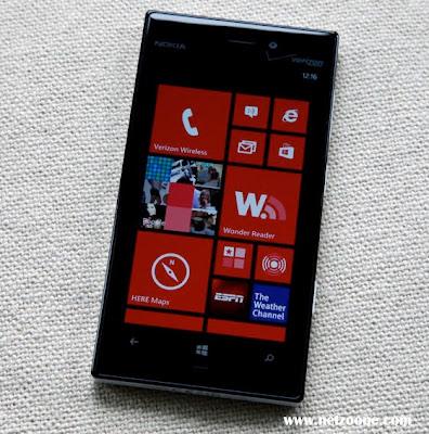 Spesifikasi dan Harga Ponsel Nokia Lumia 928