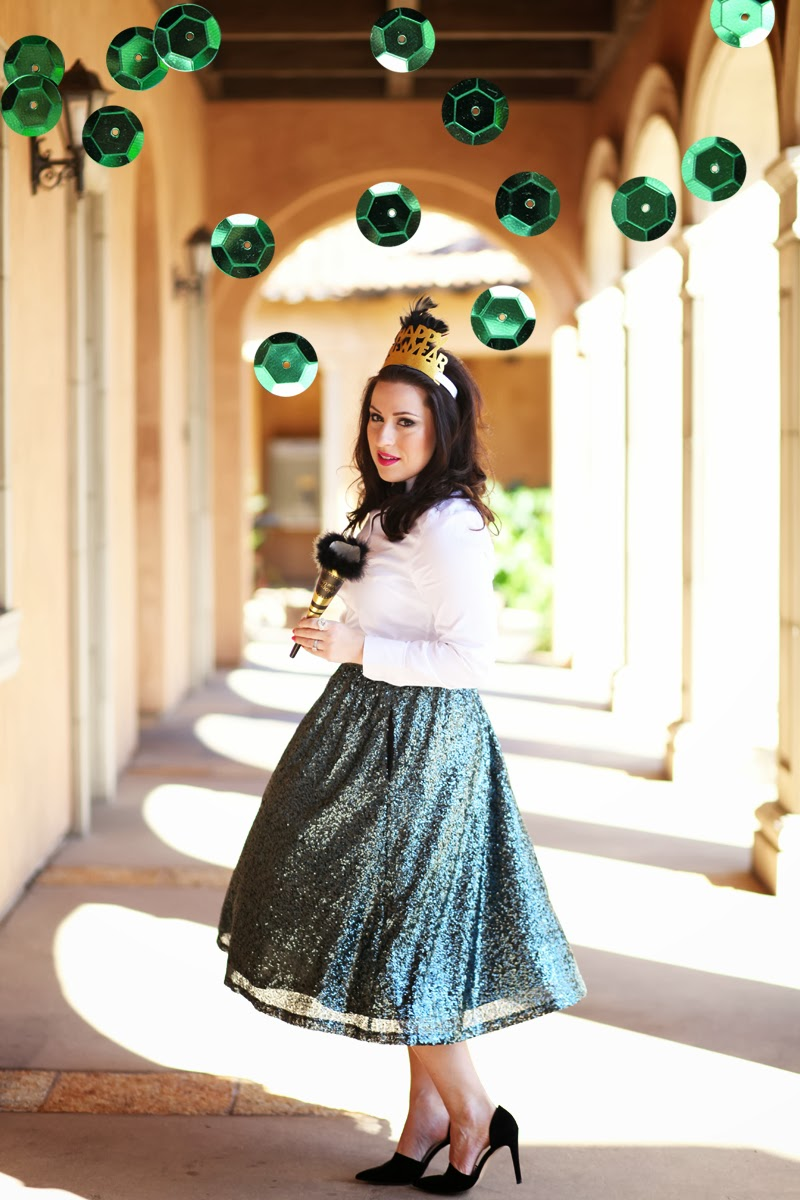 sequin-full-skirt-dorsay-pump-bow-tie-party-outfit-ideas-new-years-eve-2013-2014-trends-tiara-king-and-kind-fashion-blog-san-diego
