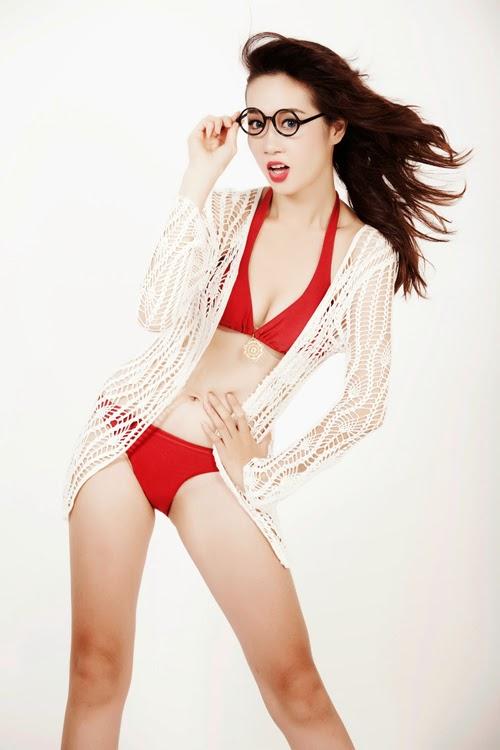 Siêu mẫu Lê Thu An diện bikini khoe đường cong nóng bỏng