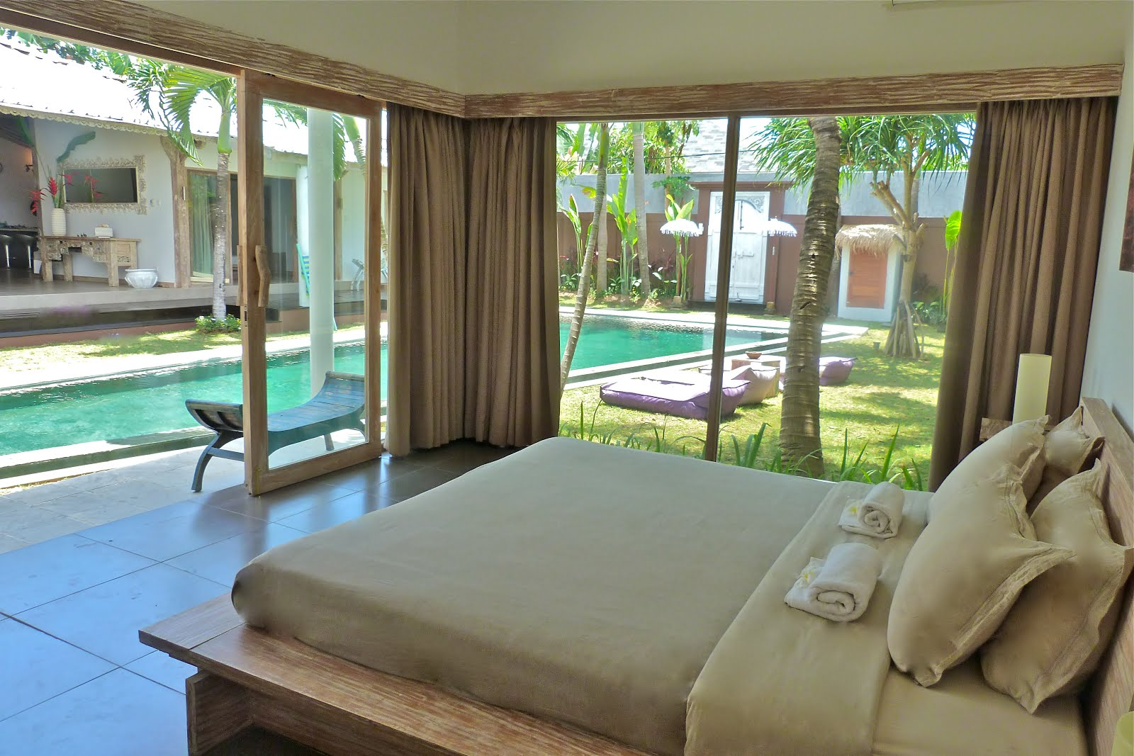 FOR RENT VILLA AT BALI click here