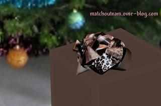 faire un noeud en papier pour cadeau