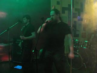 Добротная порция языческого метала от группы Небокрай обрушилась на жителей Вятки 17 декабря сего года. На разогреве выступали молодые правые молодчики с классическими балладами русской RAC-сцены, а так же straight edge команда Черное солнце с двумя металлизированными треками.