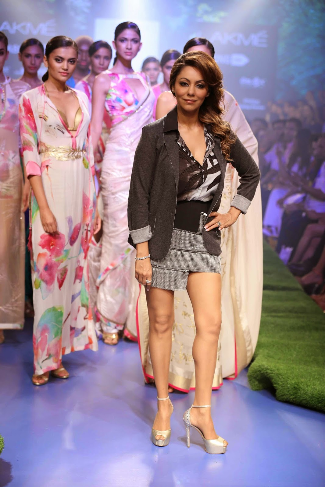 http://aquaintperspective.blogspot.in/,GAURI KHAN for SATYA PAUL