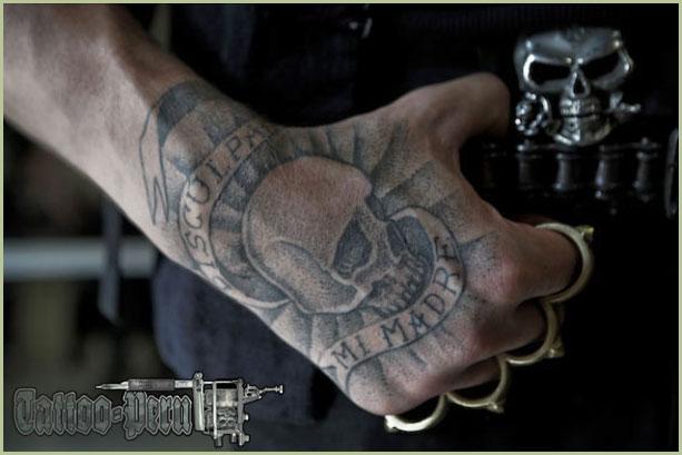 FOTOGRAFIAS DE TATUAJES PARA CHICOS Y CHICAS Tatuaje_en_las_manos