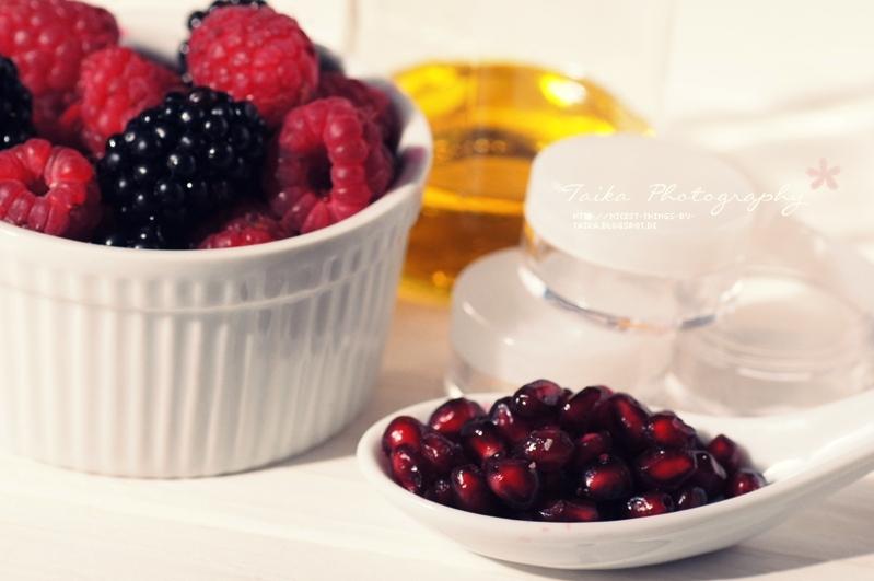 DIY Lip Tint selber machen Lip Stain Rezept mit Beeren und Granatapfel