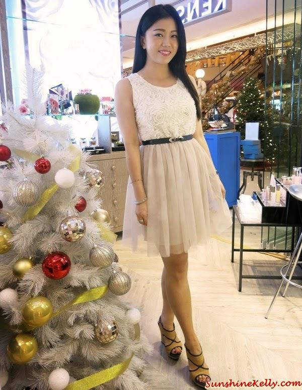 Floral Appliques Dress, Floral Appliques Top, Tulle Skirt, Floral Appliques Tulle Dress, Tutu Skirt, Corshacomo, Korean Fashion Trend, Korean Fashion, Bridesmaid Dress, Prom Dress, Cocktail Dress, Party Dress