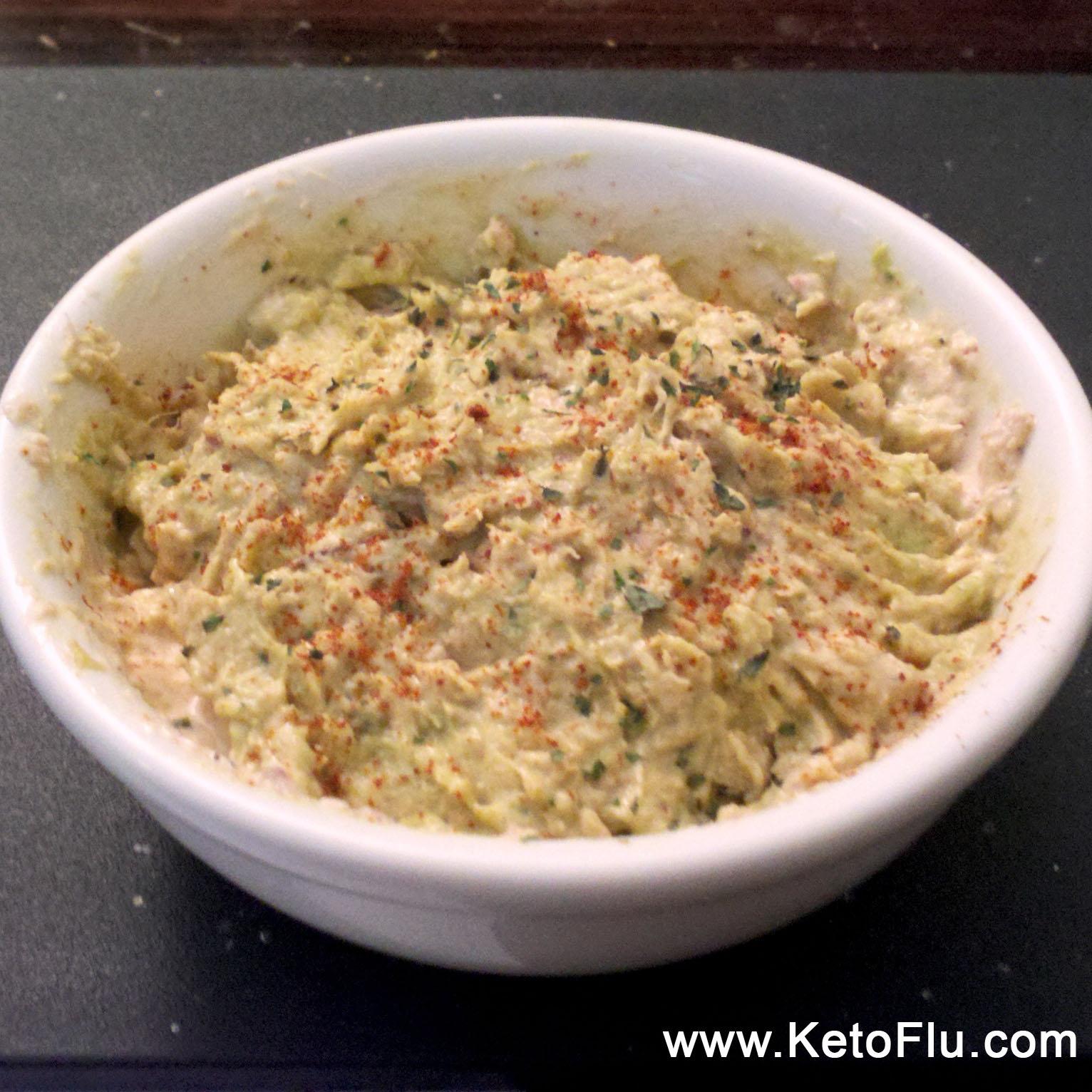 low-carb spicy guacamole tuna salad recipe - nom nom nom! | ketoflu