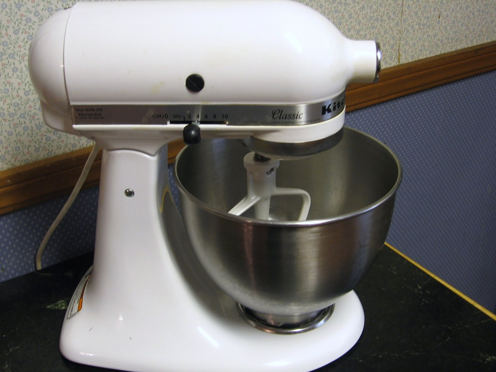100 kitchenaid mixer classic kitchenaid standmixer classic diamond weiss jpg kitchen burgundy. Black Bedroom Furniture Sets. Home Design Ideas