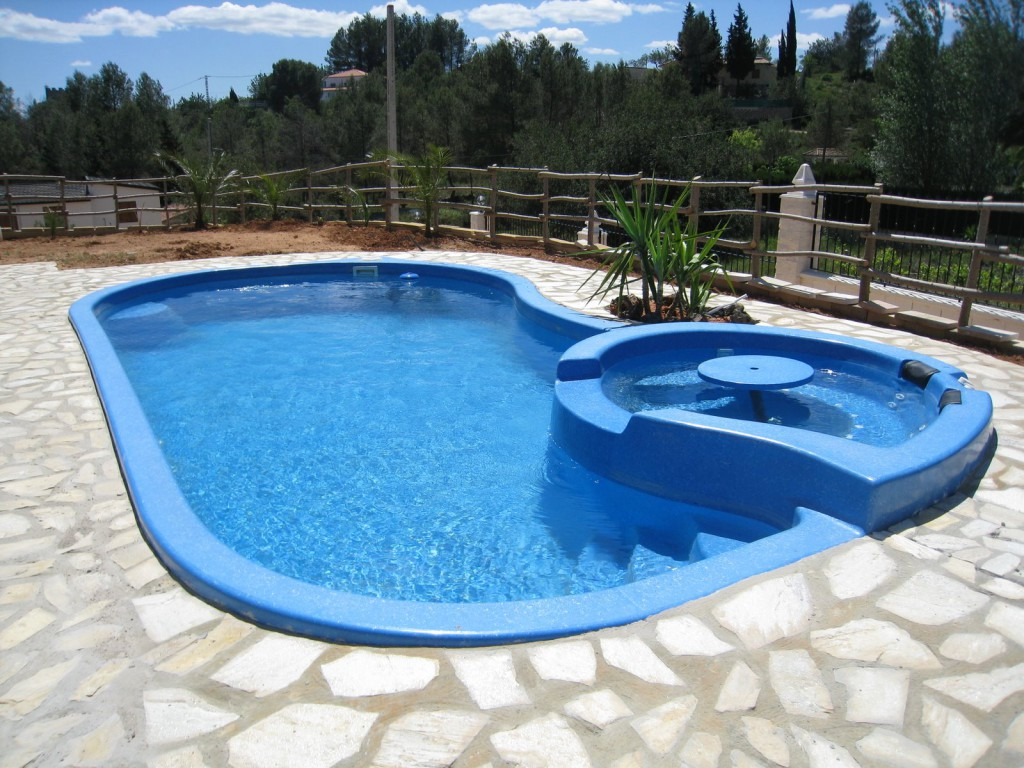 Yubasolar depuradoras solares la mejor forma de ahorrar - Depuradoras de piscina ...