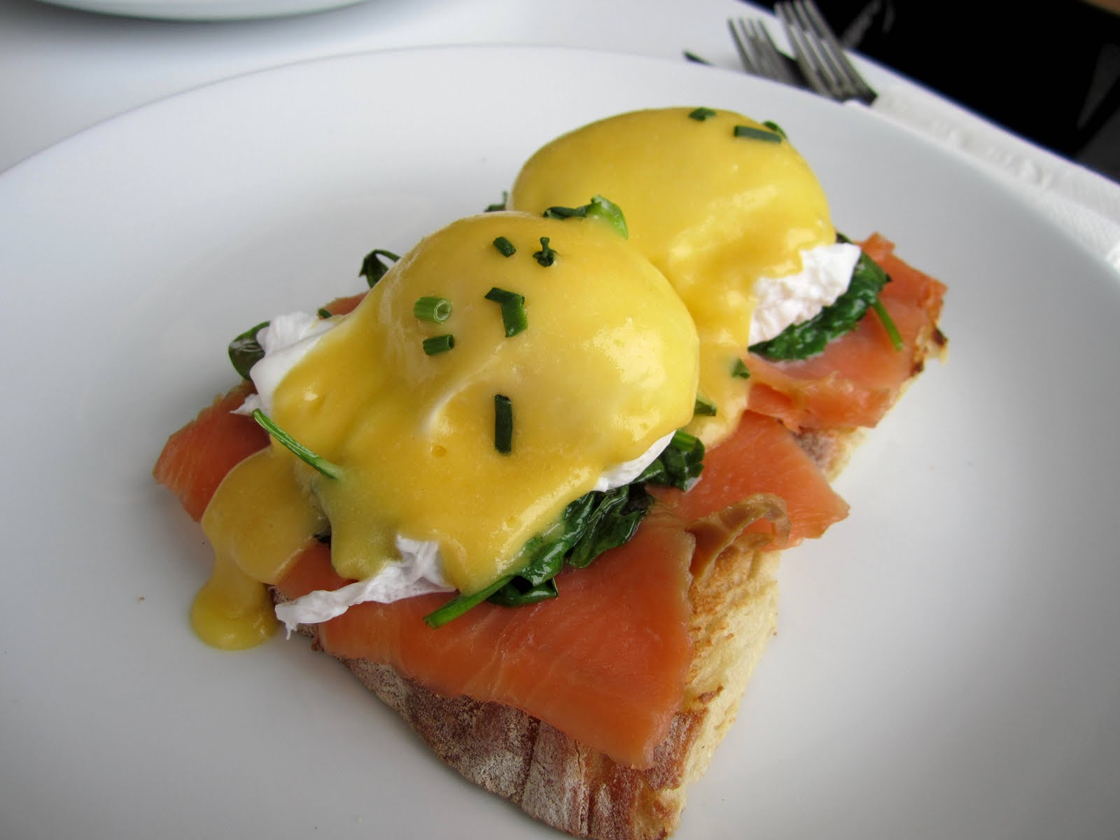 ... eggs norwegian this features two eggs any eggs norwegian with spinach