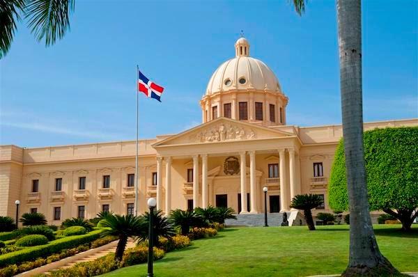 El Consejo de Ministros encabezado por Danilo Medina aprobó el proyecto de ley de Presupuesto para el 2015 por 630 mil 934 millones de pesos, 17 mil millones más que este año.