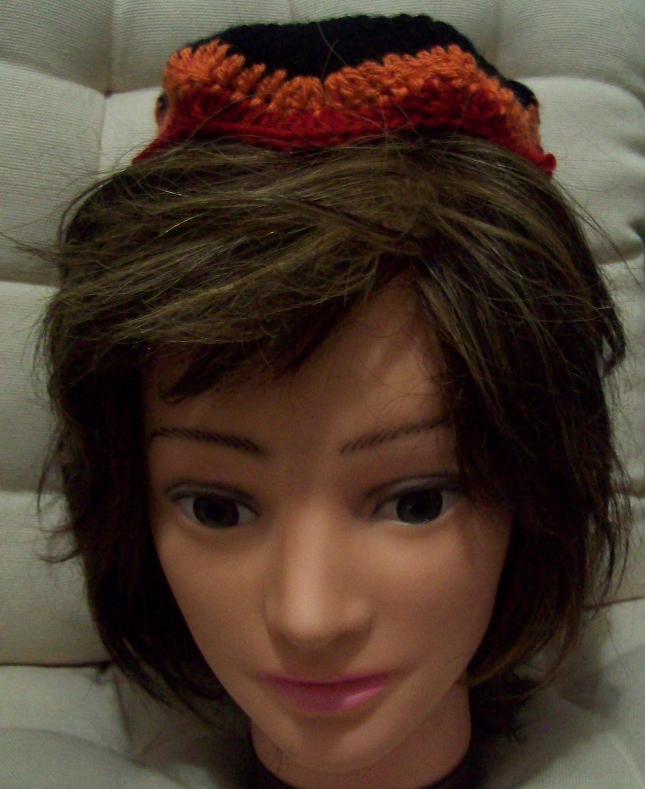 a free crochet pattern for a chevron hat