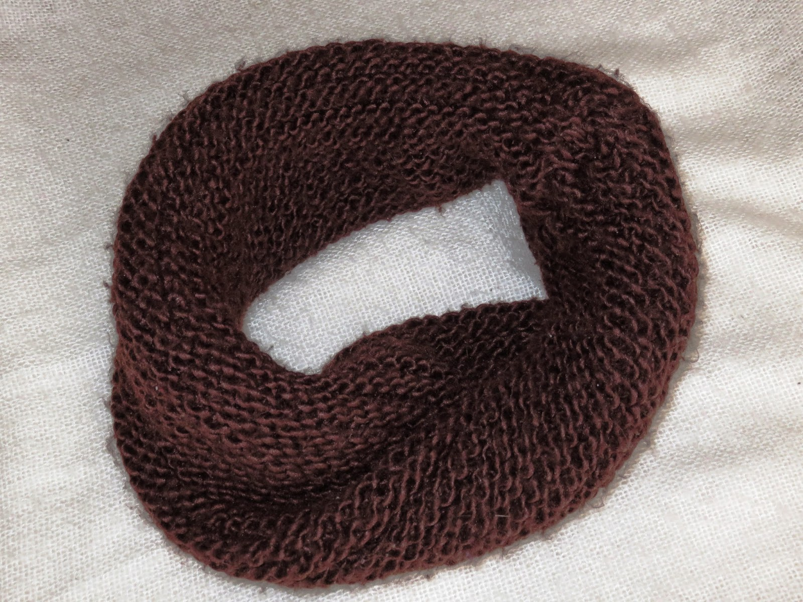 big brown roundscarf