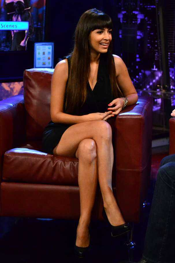 hannah simone s hot legs amp a few beauty laughs with kevin