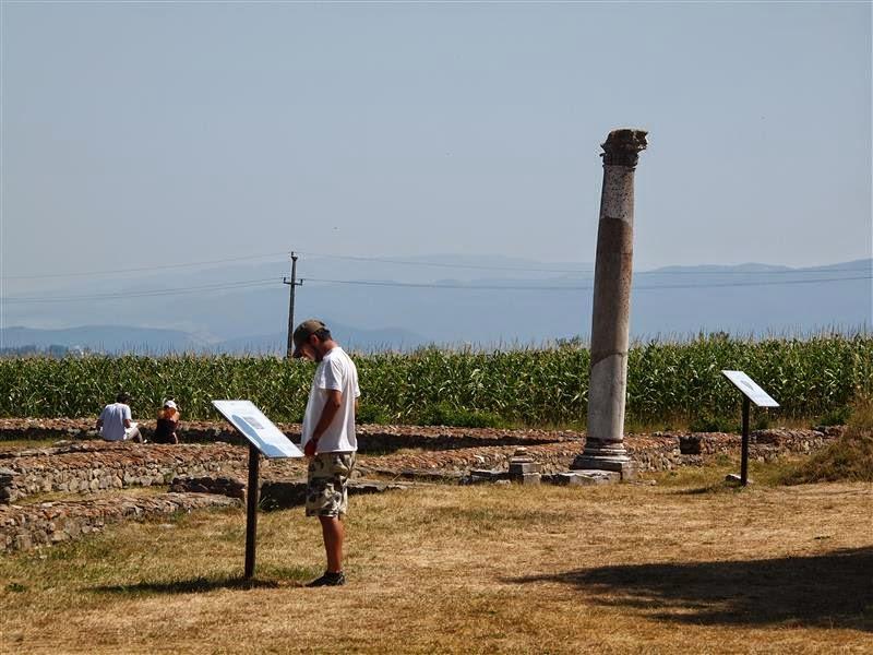 Arqueólogos en Ulpia Traiana Sarmizegetusa