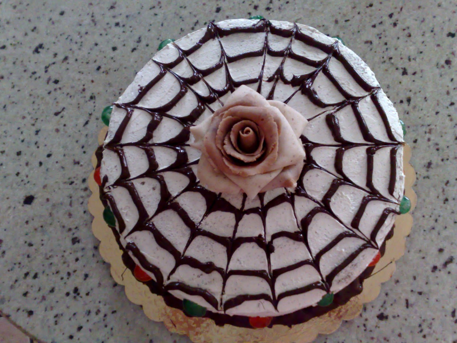 school of sugarcraft l 39 effetto ragnatela sulla torta