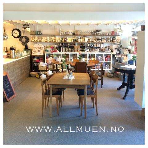 Allmuen kafé og interiør