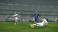 Preview PES 2013 Patch 3.0 by PESEdit - Balotelli (Milan) Beckham (PSG)