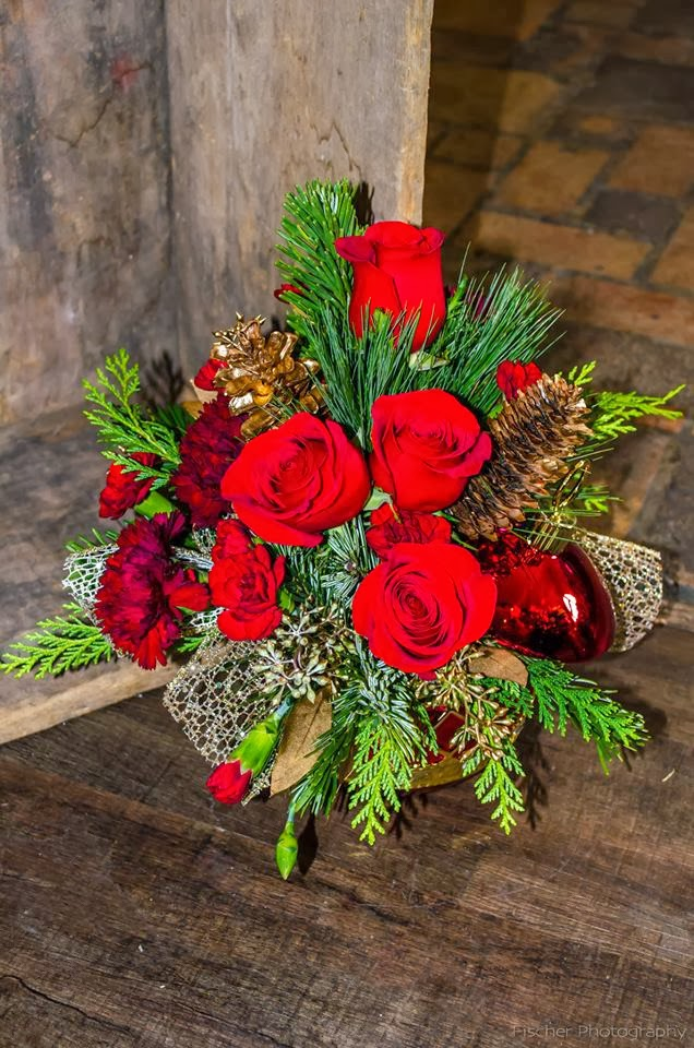 Bank Of Flowers Christmas Flower Arrangements