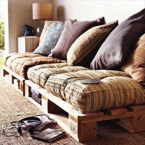 diy pallet couch attractive addition for living room pallet furniture. Black Bedroom Furniture Sets. Home Design Ideas