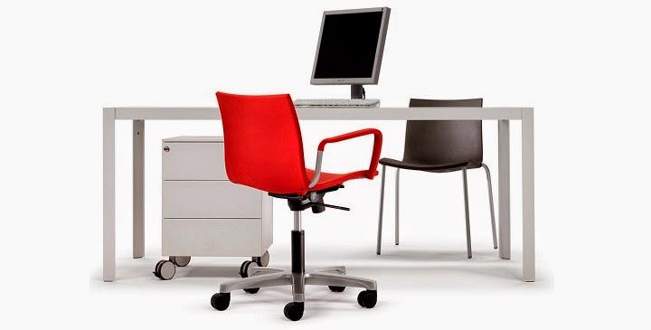 Marzua c mo decorar una oficina en casa para trabajar mejor for Muebles ergonomicos