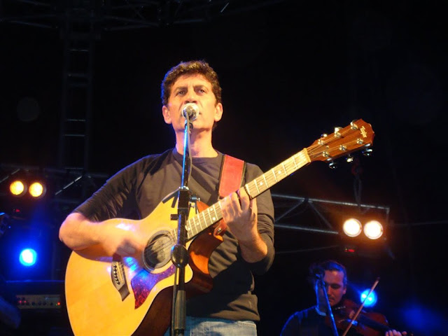 Ο Μάλαμας αρνήθηκε να σηκωθεί πανό εκπαιδευτικών στη συναυλία του