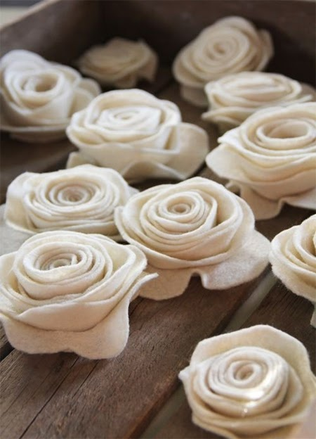 Felt Roses for Kentucky Derby Decor | DerbyMe.com