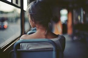Estoy pensando asegurar mi corazón, por si se para cuando me diga que no.