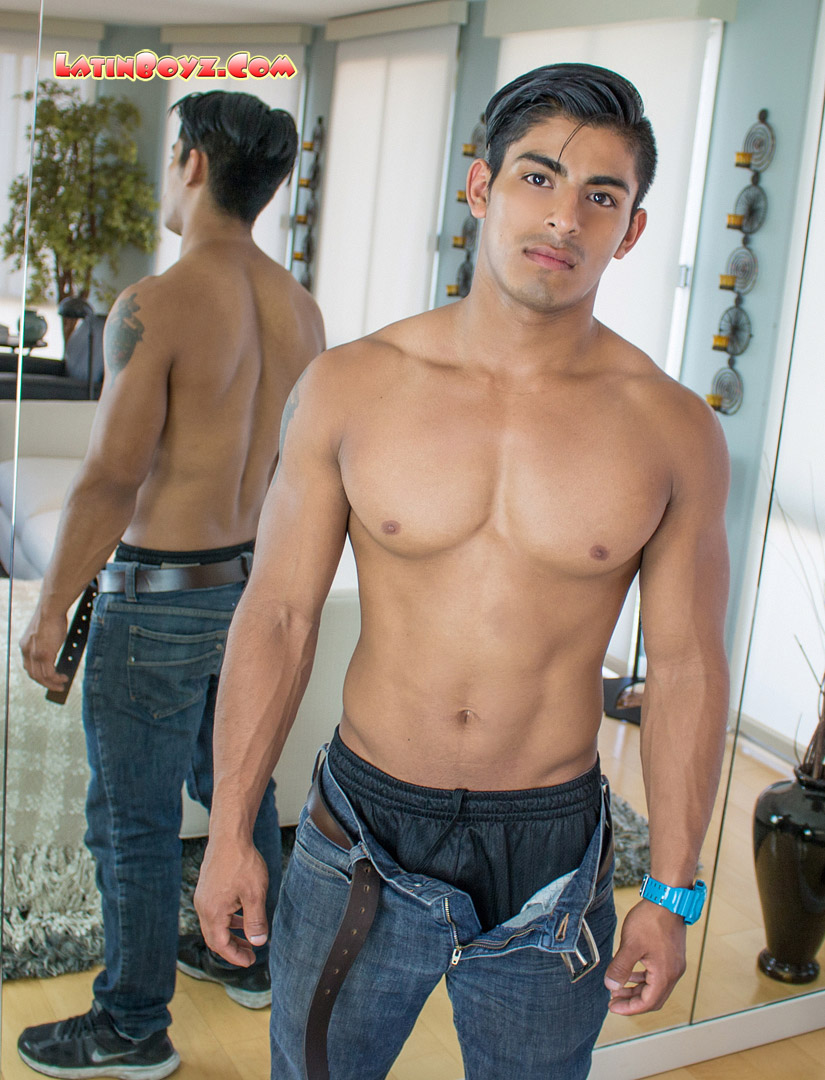 Hot Gay Latino Men