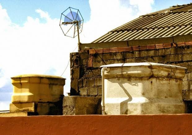 Mini Hidroeléctrica con el Tanque de Agua de tu Casa